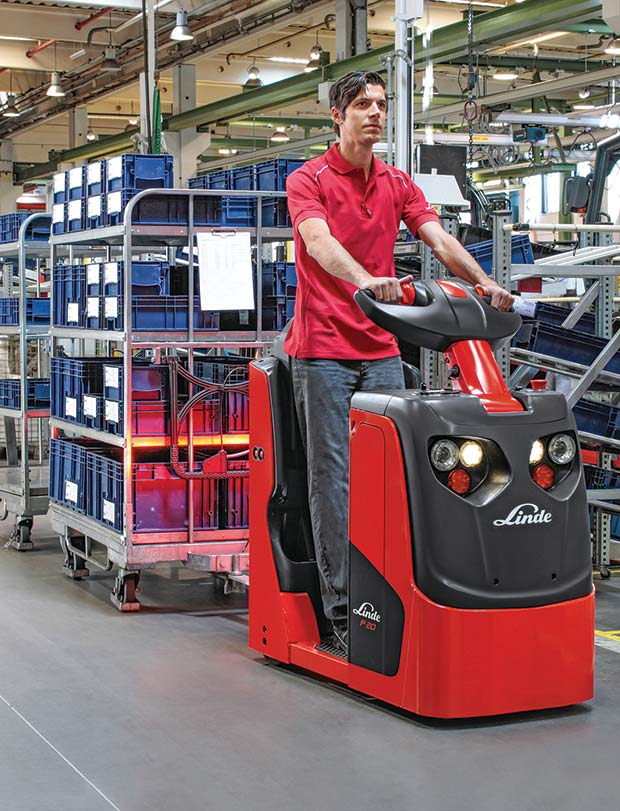 002-Linde-Compact-Tow-Tractor